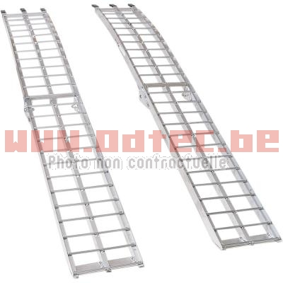 FOLDING ALUMINUM RAMP (x2)